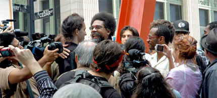 Cornel West returned to talk to the people in Liberty Plaza on the afternoon of September 29, before the 4 o'clock Stock Market bell daily march. (photo: James Wagner)
