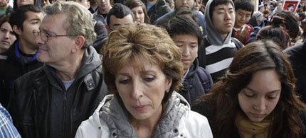I am here to apologize,' Chancellor Katehi (center) told students. 'I know you may not believe anything I am telling you today, and you don't have to. It is my responsibility to earn your trust.' 11/22/11. (photo: Paul Sakuma/AP)
