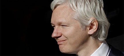 The Internet itself had become 'the most significant surveillance machine that we have ever seen,' Assange said in reference to the amount of information people give about themselves online. (photo: Andrew Winning/Reuters)
