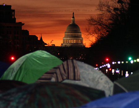 Freedom Plaza at dawn, 11/30/11. (photo: Scott Galindez/RSN)