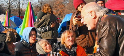 Peter Yarrow at Freedom Plaza Occupation, 12/01/11. (photo: Scott Galindez/RSN)