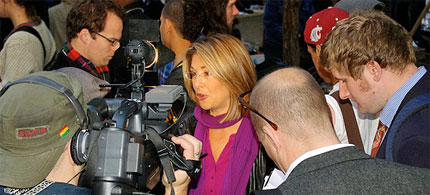 Naomi Klein speaks to reporters at Occupy Wall Street, Liberty Plaza, NYC. (photo: David Shankbone)