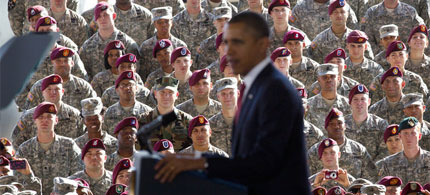 President Obama speaks to US troops at Fort Bragg, NC, 12/14/11. (photo: Doug Mills/NYT)