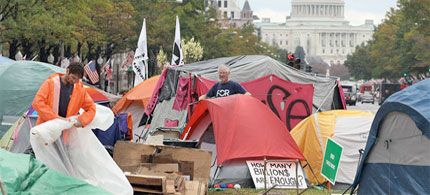 National Park Services defended Occupy Protesters rights to camp in McPherson Square but the House Oversight and Government Reform Committee cited health concerns and NPS regulations finding the encampment illegal. (photo: In the Capital)