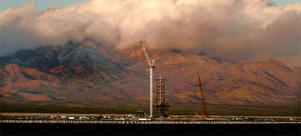 BrightSource Energy's Ivanpah Valley solar power plant at dawn. (photo: Mark Boster/LAT)
