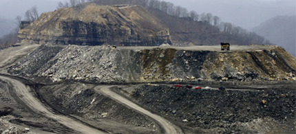 A federal judge has ruled that the EPA could not revoke the permit for a mountaintop removal project.(photo: Zuma Press)