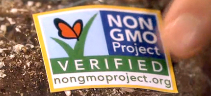 90 percent of citizens support mandatory labeling for genetically engineered foods. (photo: Friends Eat)