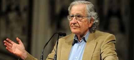 Noam Chomsky explains why the drug war is a war on Latin America. (photo: Daniel Simpson)