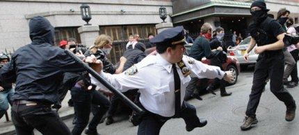Members of the NYPD scuffle with Occupy Wall Street protestors on May Day, 05/01/12. (photo: Getty Images)