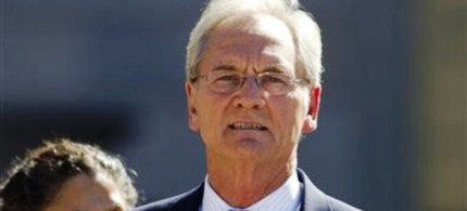 Former Alabama Gov. Don Siegelman departs the Federal courthouse in Montgomery, Alabama, 11/02/11. (photo: AP)