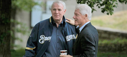 Bill Clinton with Milwaukee Mayor Tom Barrett at a rally for Barrett, who is trying to unseat Governor Scott Walker in Milwaukee. (photo: Scott Olson/Getty)
