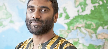 Kumi Naidoo, Executive Director of Greenpeace, cited the battle against apartheid and slavery in an impassioned response to the Rio draft text. (photo: BBC)