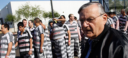 Inmates walk alongside Maricopa County Sheriff Joe Arpaio in Phoenix. (photo: Joshua Lott/Getty Images)