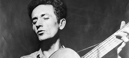 Woody Guthrie. (photo: LA Weekly)