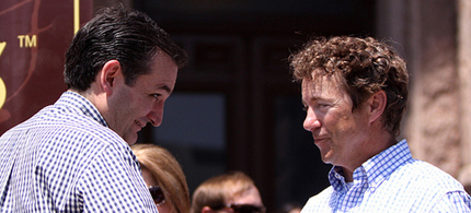 Ted Cruz and Rand Paul shake hands at a Tea Party Express supporters at a rally in Austin, Texas. (photo: Gage Skidmore)