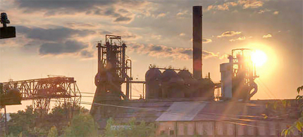 Under Romney, Bain Capital profited off pollution at South Carolina steel plant it bankrupted. (photo: Chloster/DailyKos)