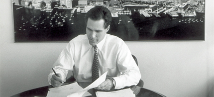 Mitt Romney at Bain Capital in the early 1990's. (photo: David L. Ryan/The Boston Globe/Getty Images)
