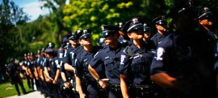 Are police officers more trustworthy than private citizens? (photo: Reuters)