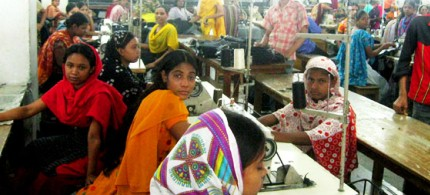 The majority of garment workers in Bangladesh earn little more than the minimum wage and far below what is considered a living wage. (photo: unknown)
