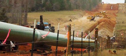 File photo: Keystone XL Tar Sands pipeline construction in East Texas. (photo: Tar Sands Blockade.org)