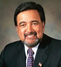 Former Secretary Bill Richardson, Department of Energy (1998-2001). (photo: Department of Energy)