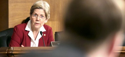 Senator Elizabeth Warren speaks during a Senate Banking Committee hearing. (photo: Andrew Harrer/Bloomberg)