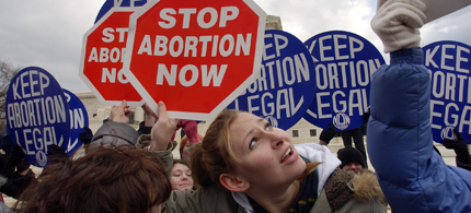 The abortion debate is heating up in states controlled by Republicans. (photo: AP)