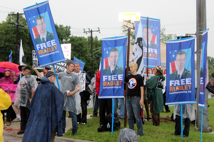 Supporters of Bradley Manning rally outside the gate to Fort Meade on June 3rd, 2013. (photo: Scott Galindez/RSN)