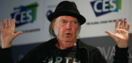 016608-neil-young-052315.jpg