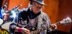 036440-neil-young-112319.jpg